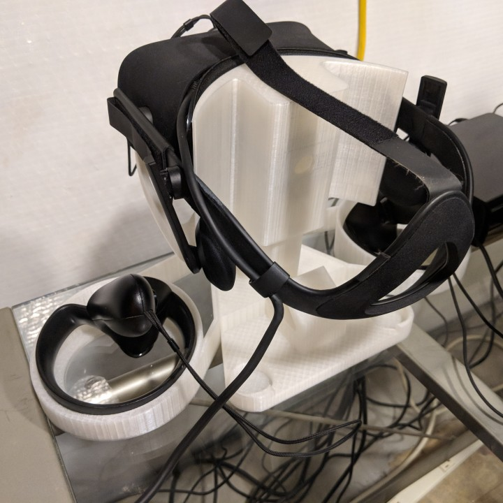 Oculus Rift CV1 Stand (Version 2)