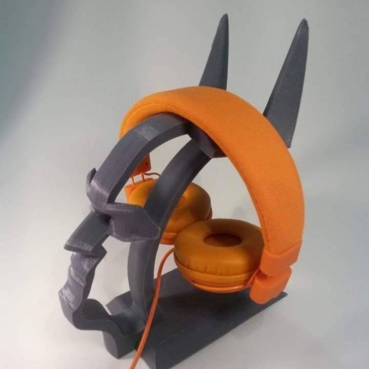 Headphone Stand Designs : D printable batman headset stand by fasya daud