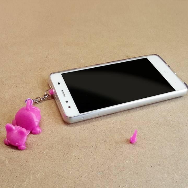 Keychain / Smartphone Stand