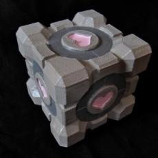 Portal Companion Cube (derivative, with hearts)