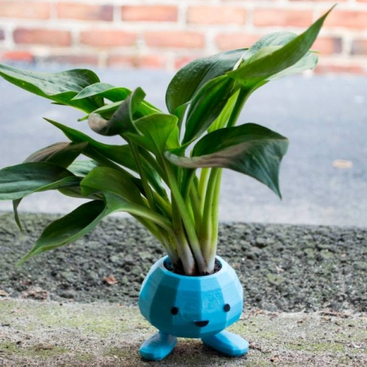Oddish Planter with Snap Together Legs!