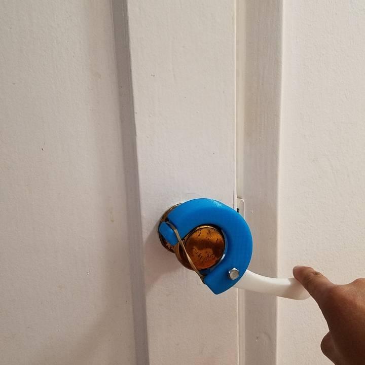 Portable Assistive Door Handle