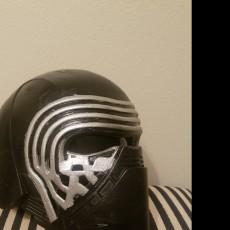 Picture of print of Kylo Ren Helmet