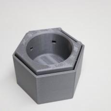 Self Watering Studio Plant Pot -- Project Aqua