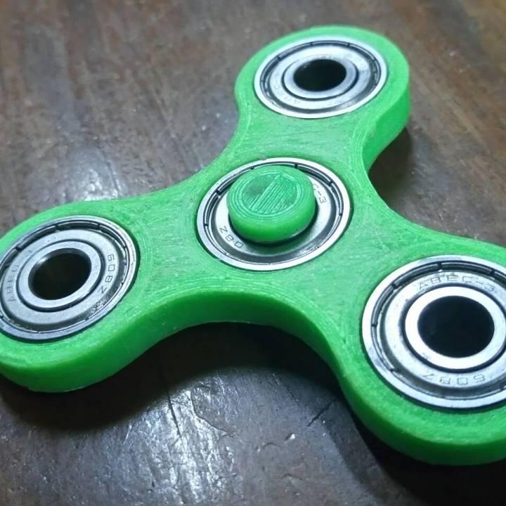 Tri-spinner (Fidget)