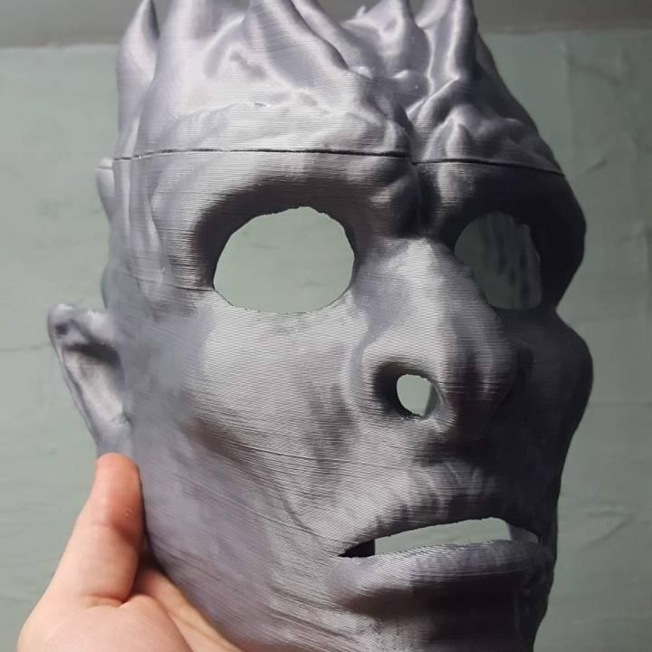 White Walker Mask & Mini Sculpture