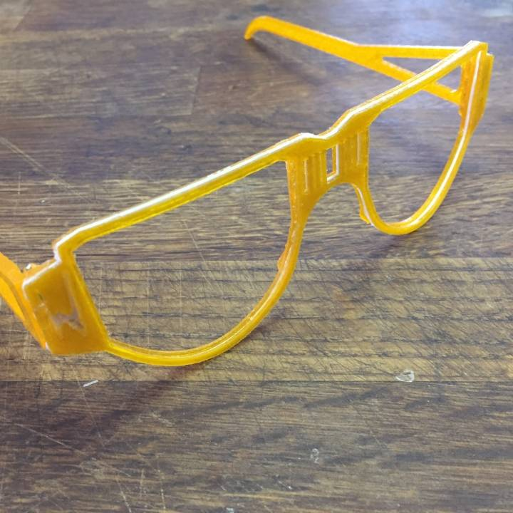 4 dimension 3D printed glasses for Ian Wright