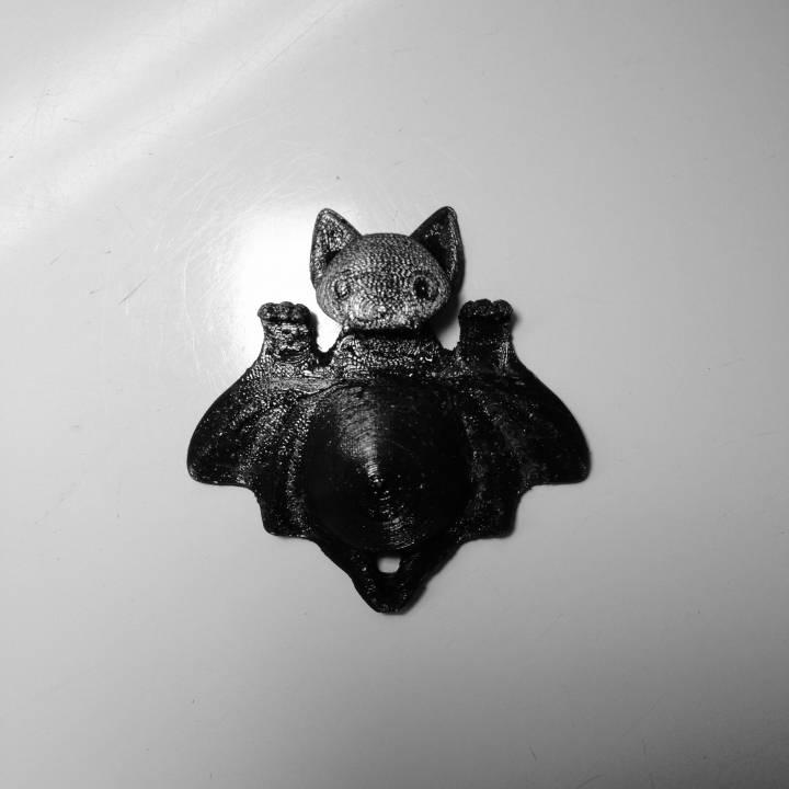 Bat Smartphone Stand