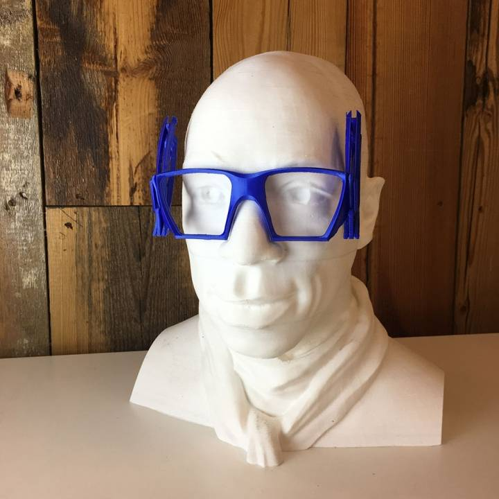 ARTICULATED GLASSES FOR IAN WRIGHT
