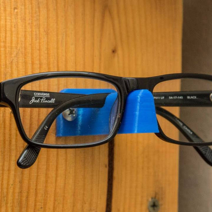 Wall Mount Glasses Stand