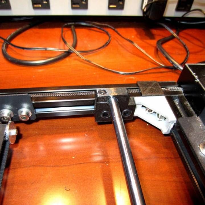 3D Printable Prusa i3 Y Axis Bearing Rod Support by Henry Arnold