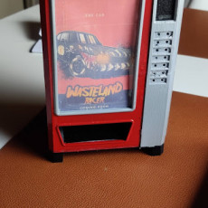 Picture of print of Vending Machine Dice Tower