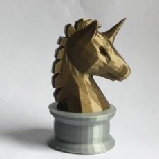 Uni-Knight Chess Piece