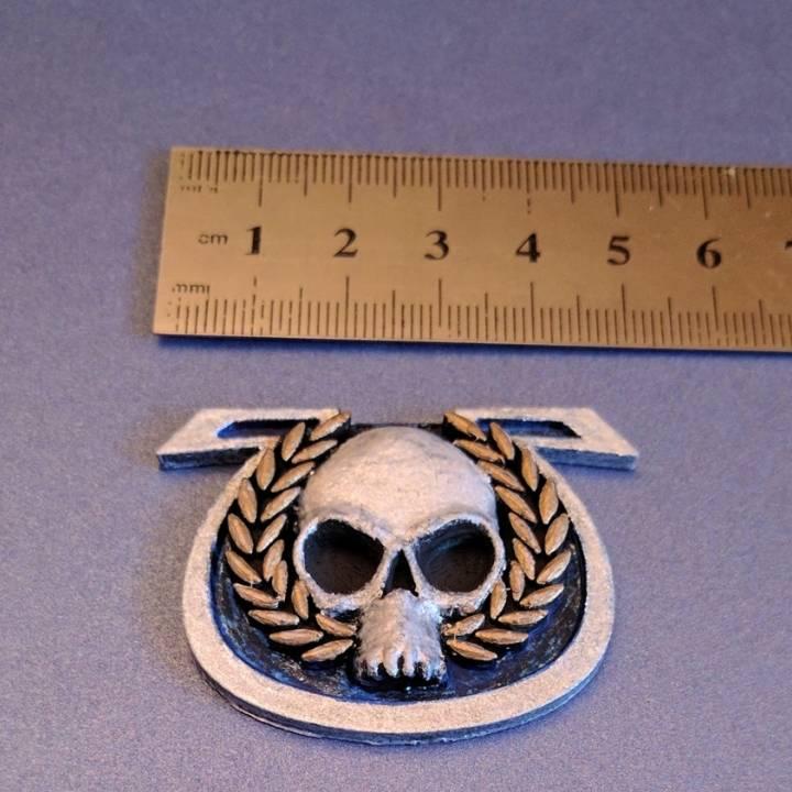 WH40K. Ultramarine Captain badge