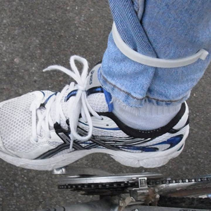 Bicycle Trouser Clips - Stops Your Jeans/Trousers Getting Caught In The Chain.