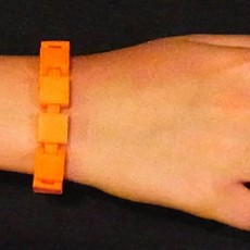 Customizable Bracelet - Choose your own colours, print then link together and wear!.