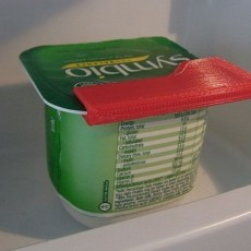 Pot / Tub Clips... Quick and easy clips for part used pot/tubs in the fridge