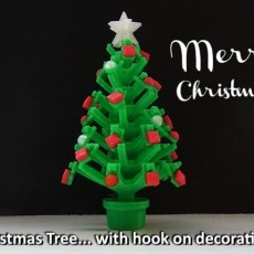 Mini Christmas Tree With Hook On Decorations!
