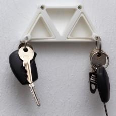 Triangle key holder