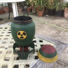 Picture of print of Nuclear_bomb