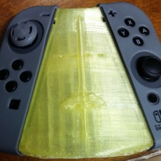 Picture of print of Ergonomic JoyCon Grip With Light Pipes