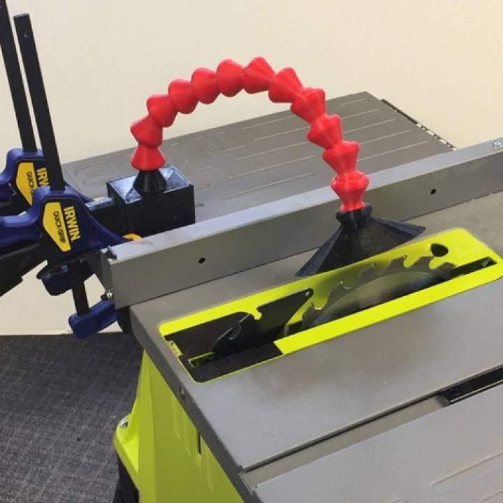 Flexible Vacuum Attachment for Table Saw
