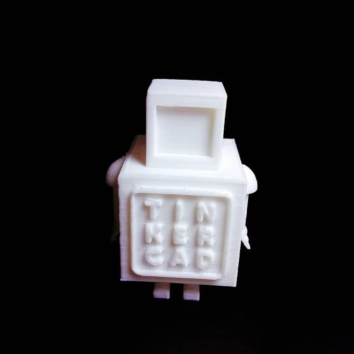 My TinkerCAD Robot