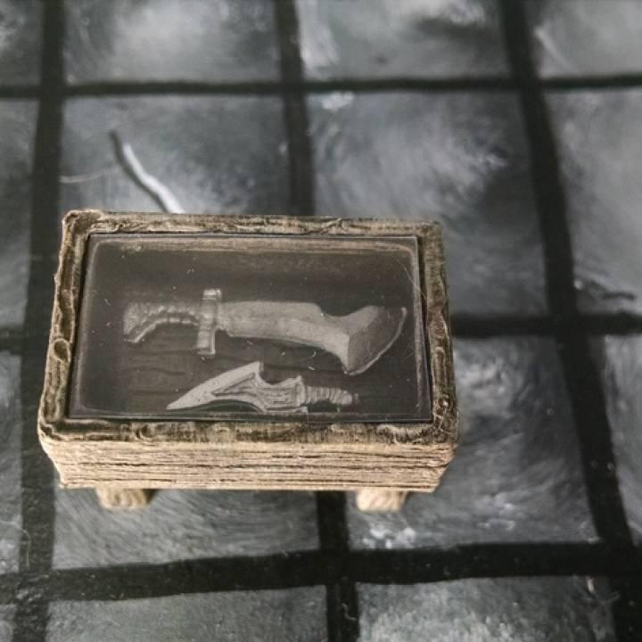 28mm Display Case