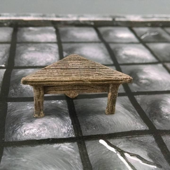 28mm Corner Table