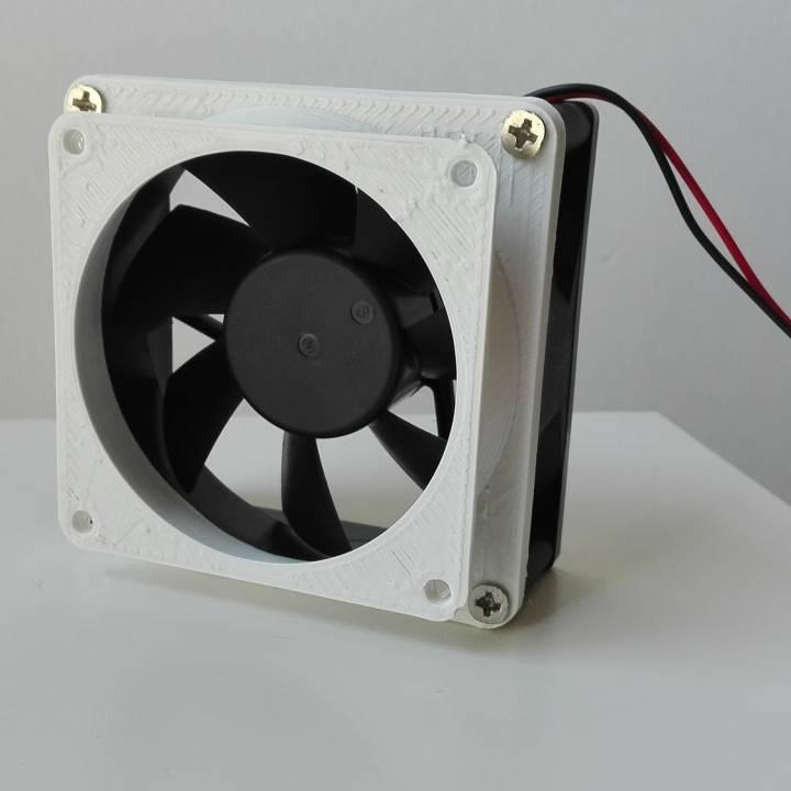 Adaptador ventilador PC 80x80 a 70x70