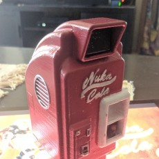 Picture of print of Fallout 4 Nuka-Cola Machine (1:18 Scale) with Nuka-Cola Bottle
