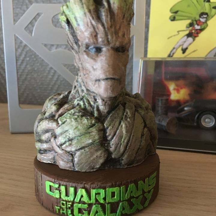 Stand for Groot bust