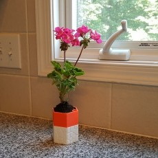 Self-watering Planter 3