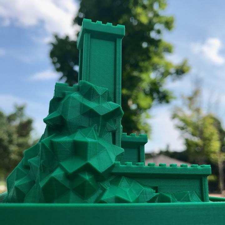 Mountain-Castle Planter
