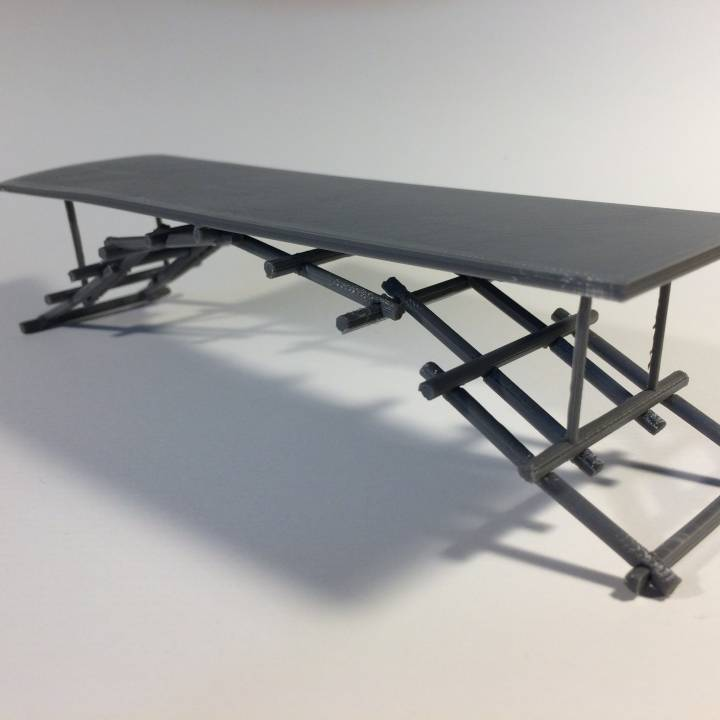 Self-Supporting Table