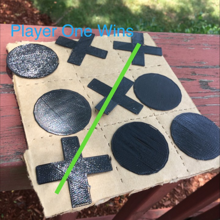 Upcycling Game: Tic tac toe parts