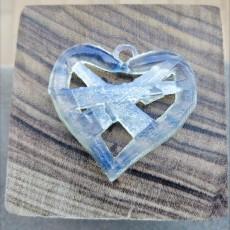Hearth necklace
