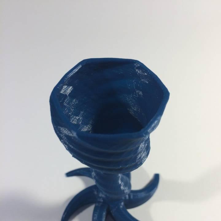 Twister Vase