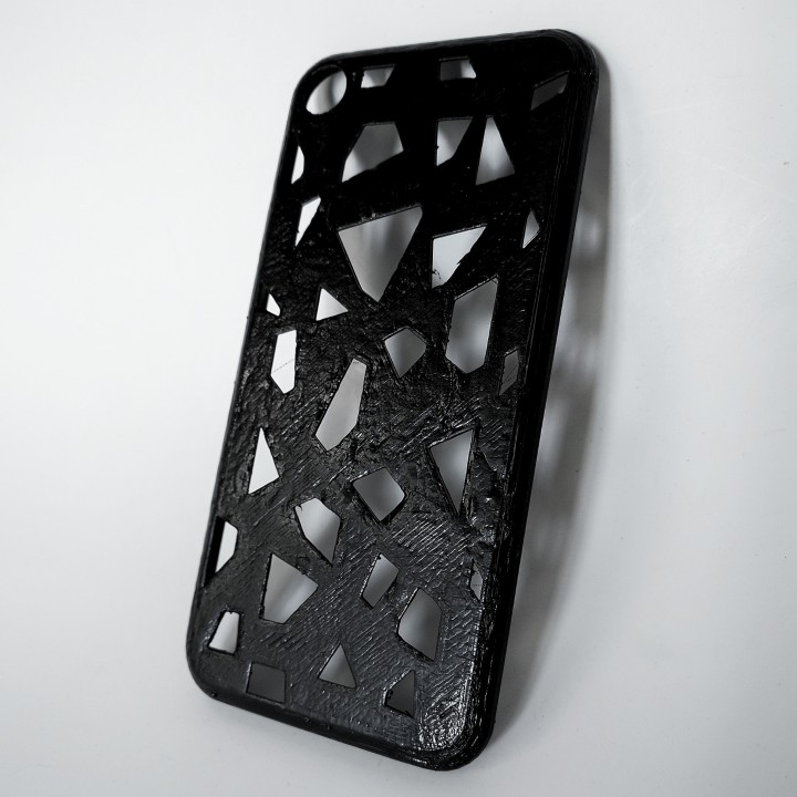 iPhone 7 Voronoi texture case