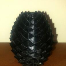 Drogo Egg Vase