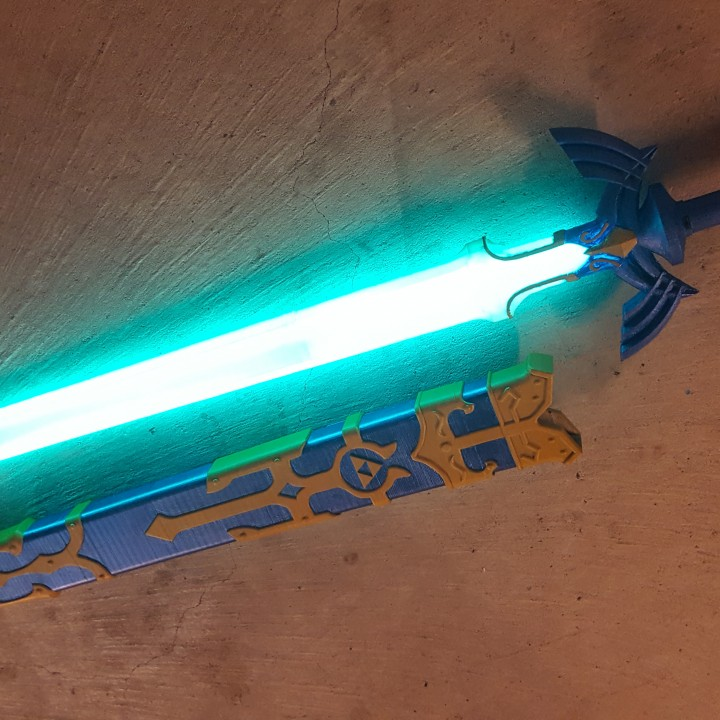 3D Printable GLowing Master Sword [REMIX] By Tom Smith