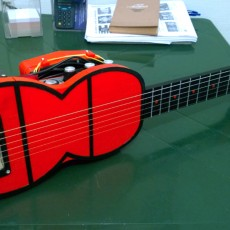 Travel guitar with built-in Amp and Speaker