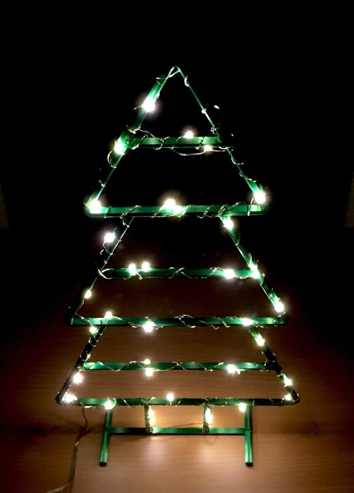 3D Printable Wireframe Xmas Tree by Squi Rrel