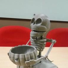 Laughing Skeleton