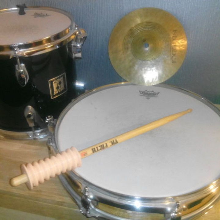 Assisitive flexible grip for drumsticks or other objects