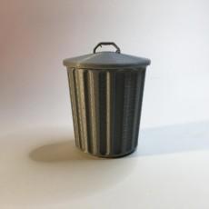 Desktop Trash Can with Lid