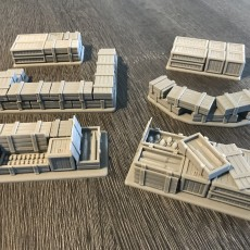 Warhammer 30K / 40K compatible Terrain - Tank Trap - Crates / Pallets / Defenses