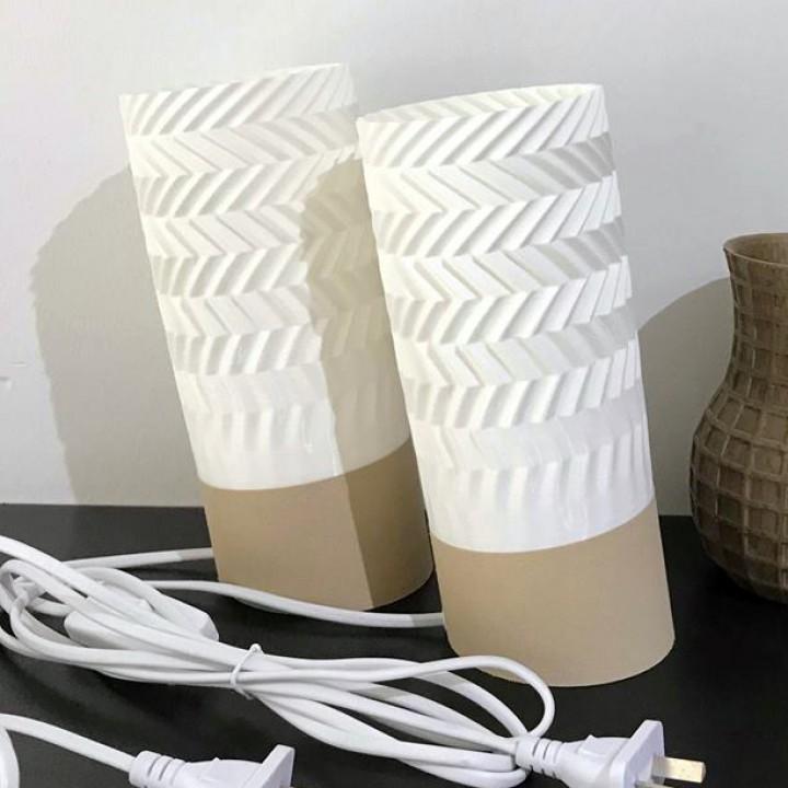 TILT Desktop Lamp