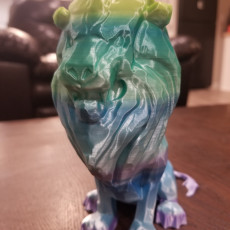Picture of print of Stormwind Lion Statue