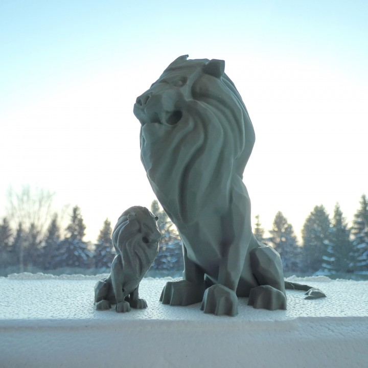 Stormwind Lion Statue